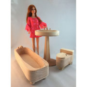 Bathroom-set-w-Barbie