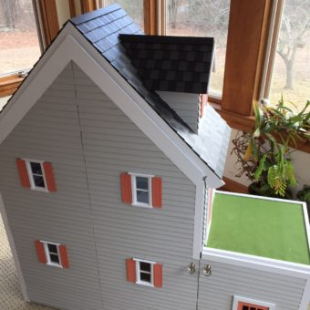 Wooden Barbie Country Dollhouse with front closure